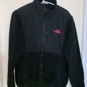 Women's Northface jacket breast cancer edition!